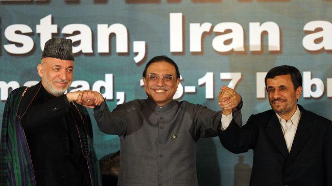 Ahmadinejad Urges Regional Unity in Face of Western Schemes