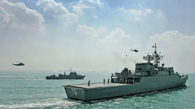 Zionist Entity:''Israel'' Afraid of Iranian Naval Ships at