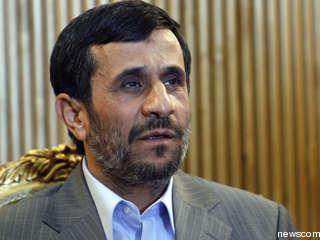 Ahmadinejad: Iran Ready for Nuclear Talks, Dialogue Sole Solution for Syria Crisis