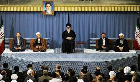 Imam Khamenei: Enemies Fight Islamic Awakening Through Sedition, Division Among Muslims