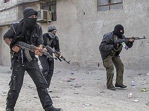 FT: Qatar Pays Syria Mercenaries 50,000$ Yearly