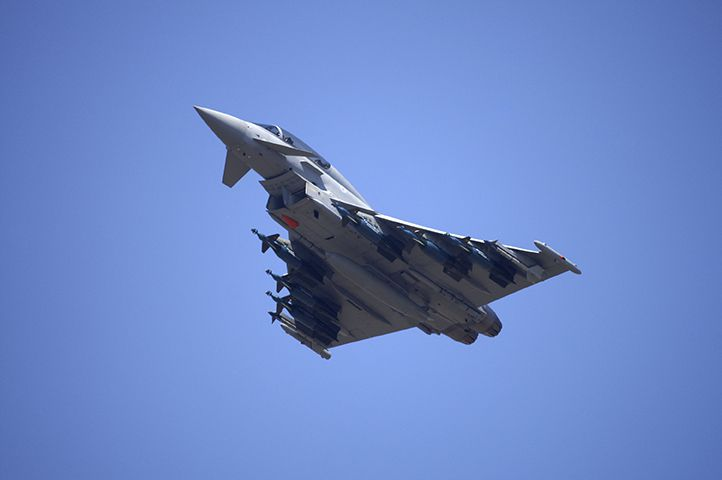 Canada's Fighter Jets Fly Final Raids in Iraq, Syria