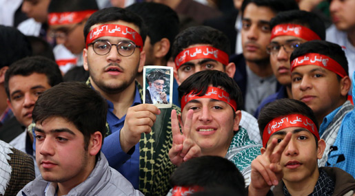 Imam Khamenei: Hizbullah Shining Like Sun, Source of Honor to Islamic World