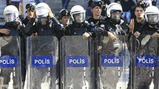 Turkey Sacks 350 Ankara Police Officers over Graft Scandal