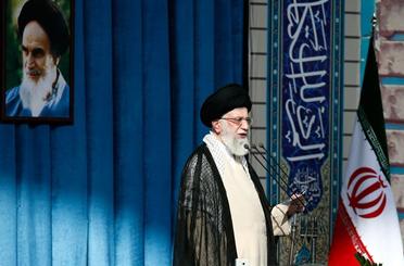 Imam Khamenei on Eid al-Fitr: Gaza Top Issue for Muslim World