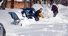 Historic Blizzard in US Kills at Least 30 People