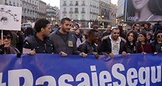 Thousands Protest in Spain against EU-Turkey Refugee Deal