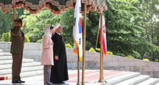 Rouhani Receives S Korean President: Time Ripe for Investment in Iran