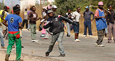 Nationwide Strikes, Protests Bring Life to Near Halt in Zimbabwe