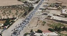 Photos Show Daesh Militants Fleeing Manbij with «Human Shields»