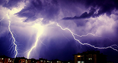 World Record 199-Mile-Long Lightning Bolt!