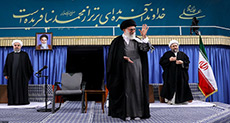 Imam Khamenei Urges Muslims to Unite to End Suffering
