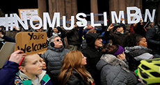 Trump's Muslim Ban: Millions Sign Petition to Stop UK Visit