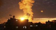 'Israel' Strikes Gaza, Martyrs 2 Palestinians, Injures 5
