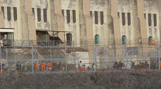 Bahrain Crackdown: Rights Groups Urge Manama to End Degrading Treatment of Prisoners