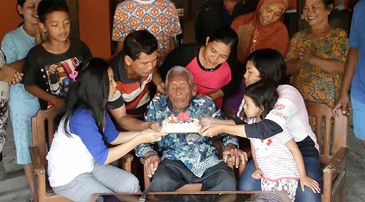 World's Oldest Man Dies in Indonesia 'Aged 146'
