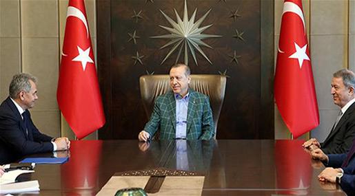 Erdogan Meets Russia Defense Chief amid Syria Border Tensions