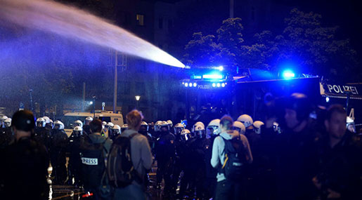 Hamburg G20: German Police Use Water Cannons against Protesters