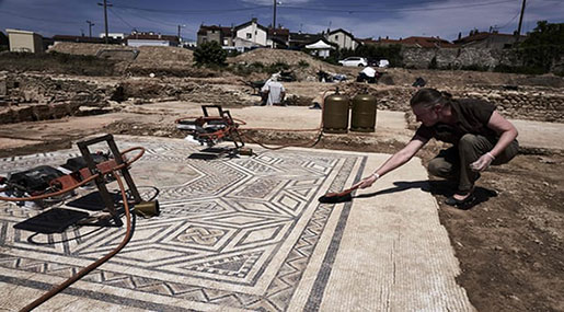 France: Archaeologists Find 'Little Pompeii' South Of Lyon