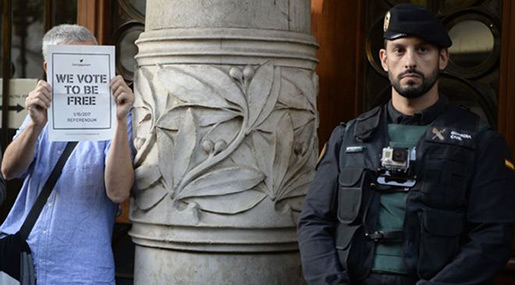 Catalonia Referendum: Spanish Police Target Catalan Gov't