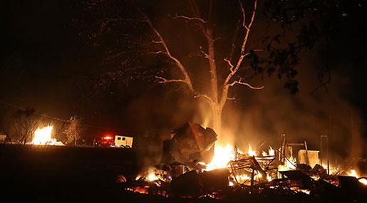 California Fires: 23 Dead, Searchers Seek Hundreds of Missing