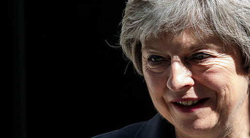 Brexit: May Sets up Cabinet Teams to Thrash out Rival Customs Plans
