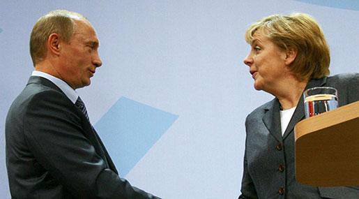 Merkel to Meet Putin for Talks on Syria, Ukraine