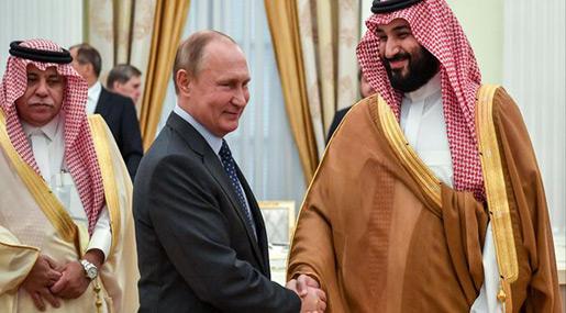 Saudi Arabia's MBS, Russia's Putin Discuss Oil in Moscow