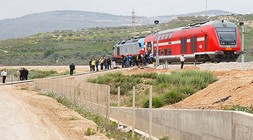 'Israel' Promoting Railway Linking Haifa Seaport with Saudi Arabia