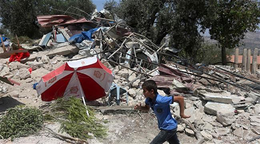 «Israel» Demolishes Nine More Palestinian Structures in W Bank