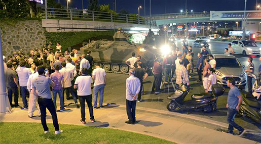 Turkey PM: 161 Dead in Coup Bid, Almost 3,000 Held