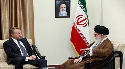 Imam Khamenei Doubts Western Coalition Seeks to Uproot Terrorism