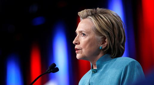 US 2016 Presidential Elections: Clinton Blames Trump, WikiLeaks, Moscow after New Leaks