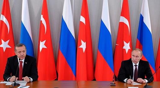Putin in Turkey to Push Energy Deals despite Syria Crisis