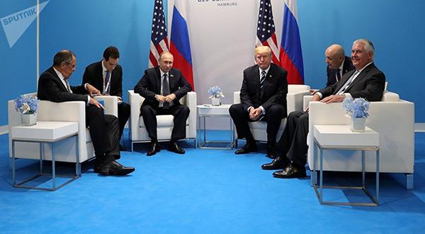 US President Donald Trump, Secretary of State Rex Tillerson, Russian President Vladimir Putin and Russian FM Sergei Lavrov