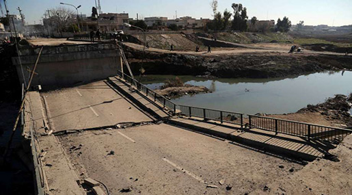Iraqi Forces Reach Second Mosul Bridge, Fight near University