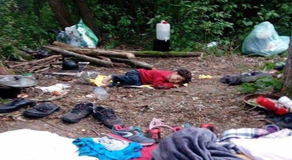 Refugee Crisis: Toddlers, Babies Forced To Sleep Rough In N France Camp