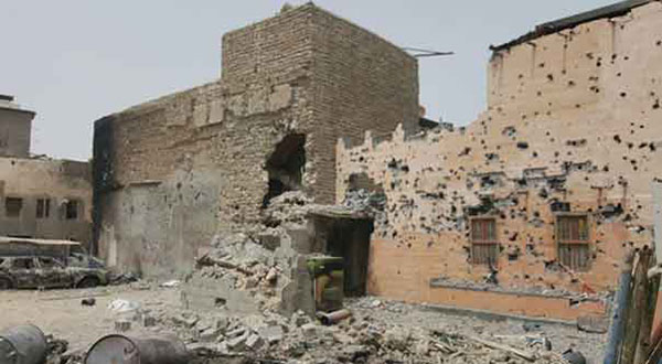 Saudi Forces Continue Attacking Al-Awamiyah: Shell Houses of Its Citizens