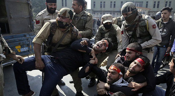 Police Attack Muslims Mourning Ashura in Indian-Controlled Kashmir