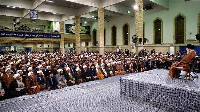 """Imam Khamenei: US, """"Israel"""" and A Gulf state Plotting for Chaos in Iran"""