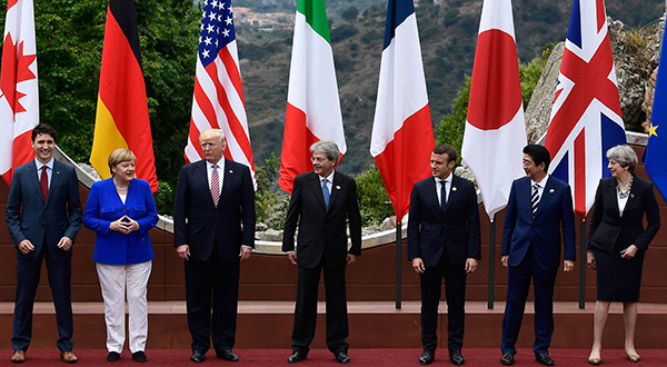World leaders in G7 ttrade summit