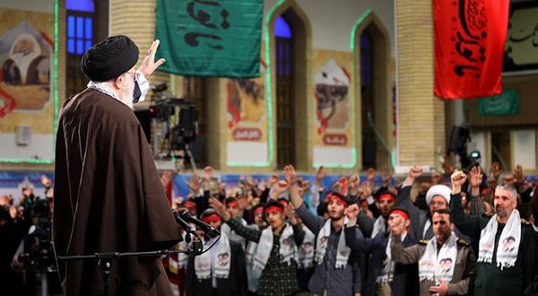 Imam Khamenei Meets Iranian Youth
