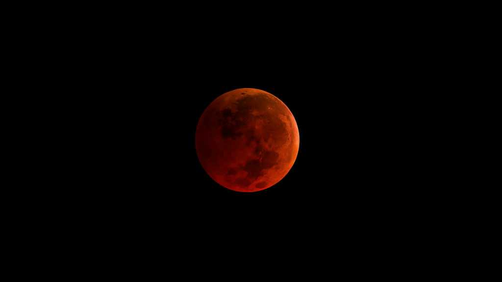 This Month's «Blood Moon» Eclipse to Be the Longest of the Century!