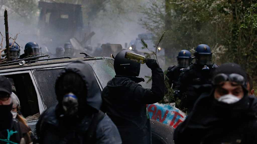 France: Clashes Continue Between Police, Protesters for Third Night