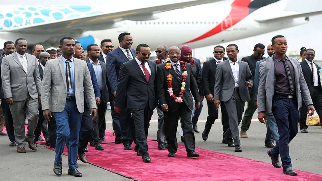 President of Eritrea Visits Ethiopia as Dramatic Thaw Continues