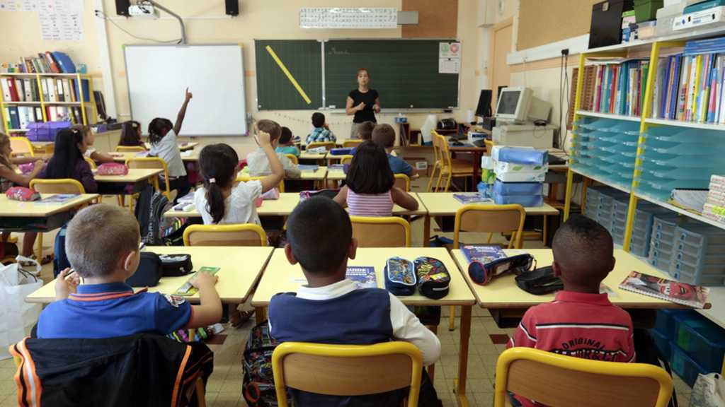 French Education Minister Suggests Adding Arabic to Curriculum