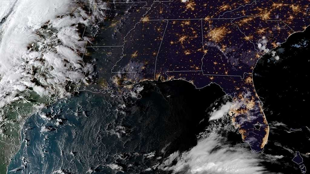 US: Hurricane Michael Strengthens, Florida Braces for Worst