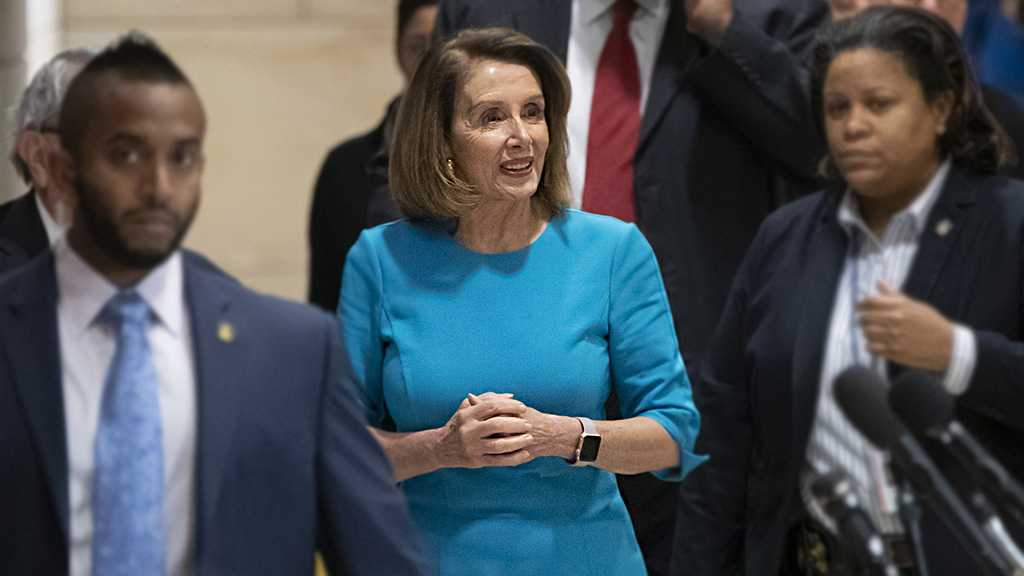 Pelosi Re-Elected to Lead Democrats, Eyes US House Speaker