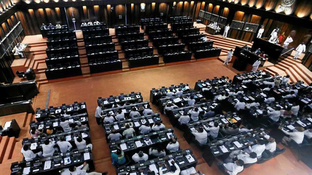 Sri Lanka Parliament to Cut PM's Budget amid Weeks-Long Political Crisis
