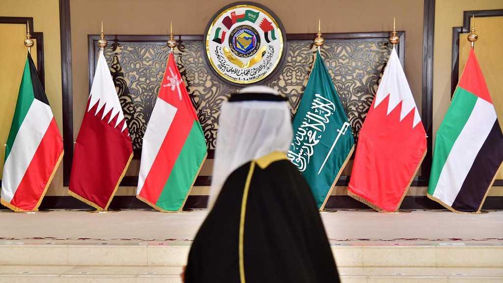 End of War? Saudi King Invites Qatari Emir to Attend GCC Summit